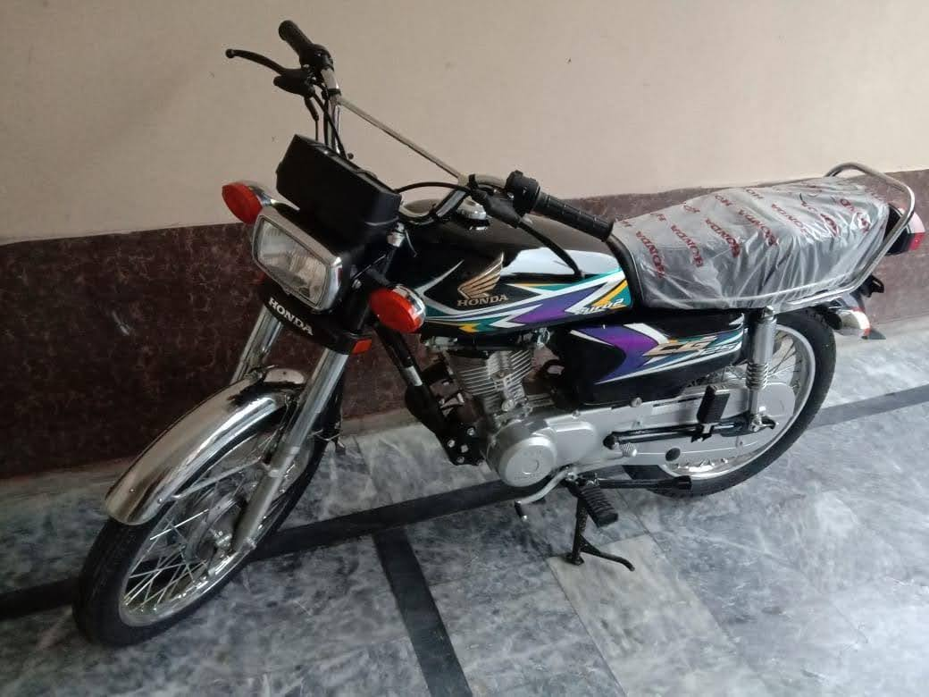 Honda Cg125 Black Colour For Lahore Only Buy Online At Best Prices In Pakistan Daraz Pk