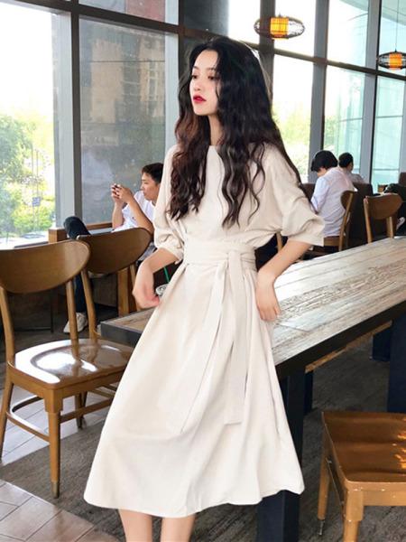 Màu Tím Đầm Bó Eo Tôn Dáng Trang Phục Mùa Hè 2020 Mẫu Mới Của Phụ Nữ Một Từ Phong Cách Retro Nhẹ Nhàng Khí Chất JIEGENG HOME Kiểu Pháp Váy Dài