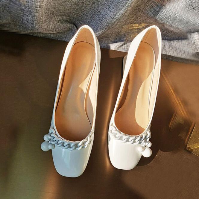 Hepburn Phong Cách Retro Lớp Da Bóng Giầy Cao Gót Giày Mary Jane Nhỏ Đầu Vuông Trong Đế Thô Giày Học Sinh Dễ Phối Phong Cách Anh Giày Bà Lão giá rẻ