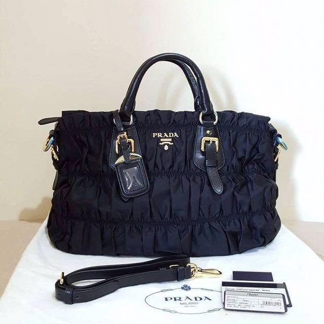81205e840475 Prada Gaufre Tessuto Nylon Tote Handbag BN1336 Nero
