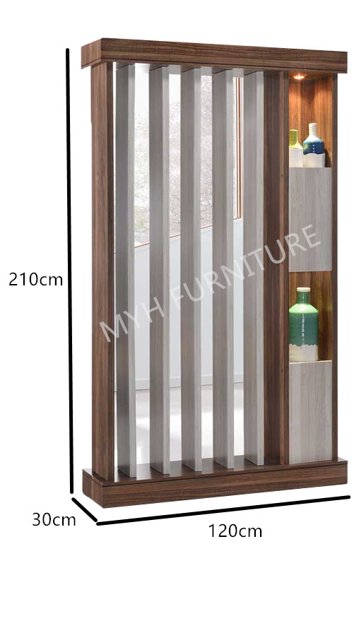LIVING ROOM DIVIDER/ SCREENS