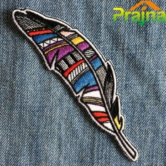 Lowest Price 3Pcs Feather Badges Kids Jacket Stickers Cheap Embroidered Cartoon Iron On Patches For Clothes Hippie Logo Fashion Diy Appliques Intl