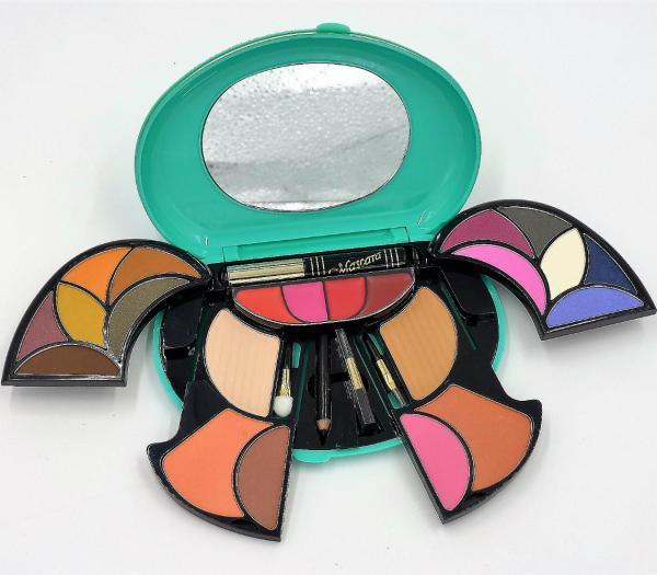 Buy FUSO Cosmetics Full Make Up Kit Singapore