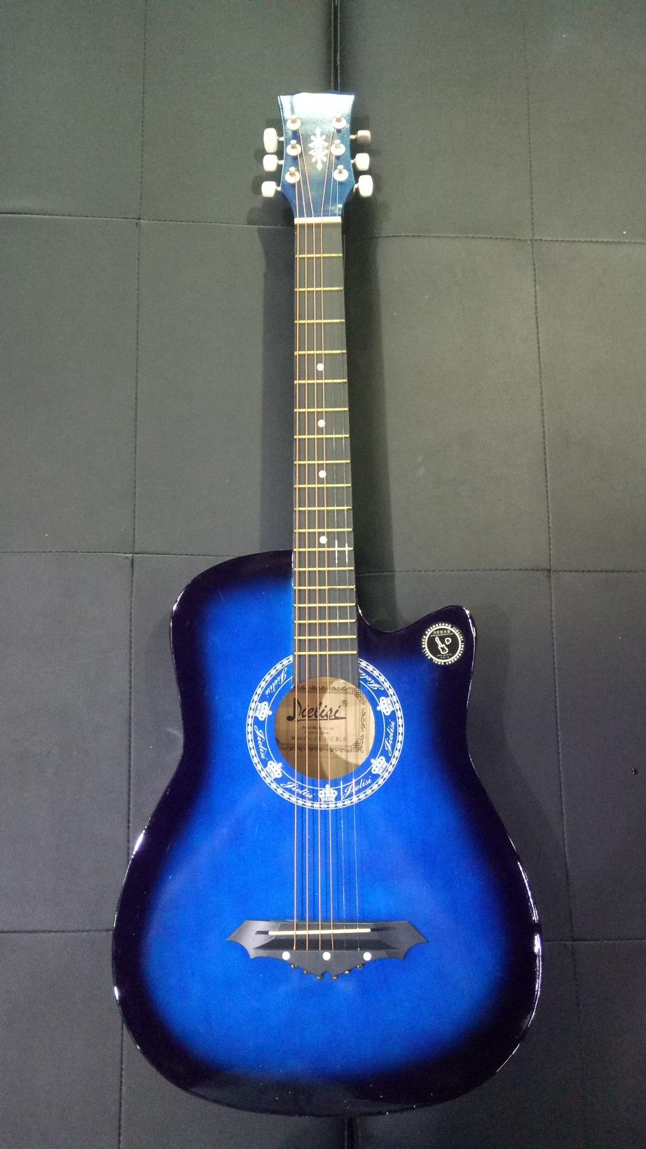 38 Inch Acoustic Folk 6-String Branded Practice Guitar for Beginners Students
