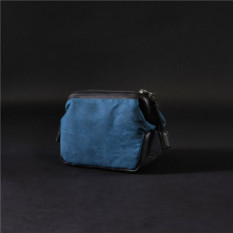 Buy Leica Leather Waterproof Beeswax Digital Camera Storgage Bag China