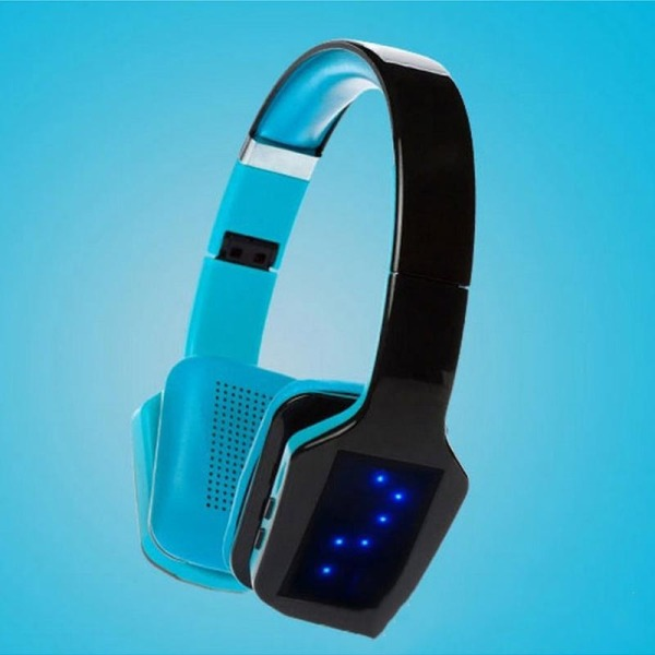 S650 Wireless Bluetooth Headphone 3D Stereo Subwoofer LED Light (Black+Blue) Singapore
