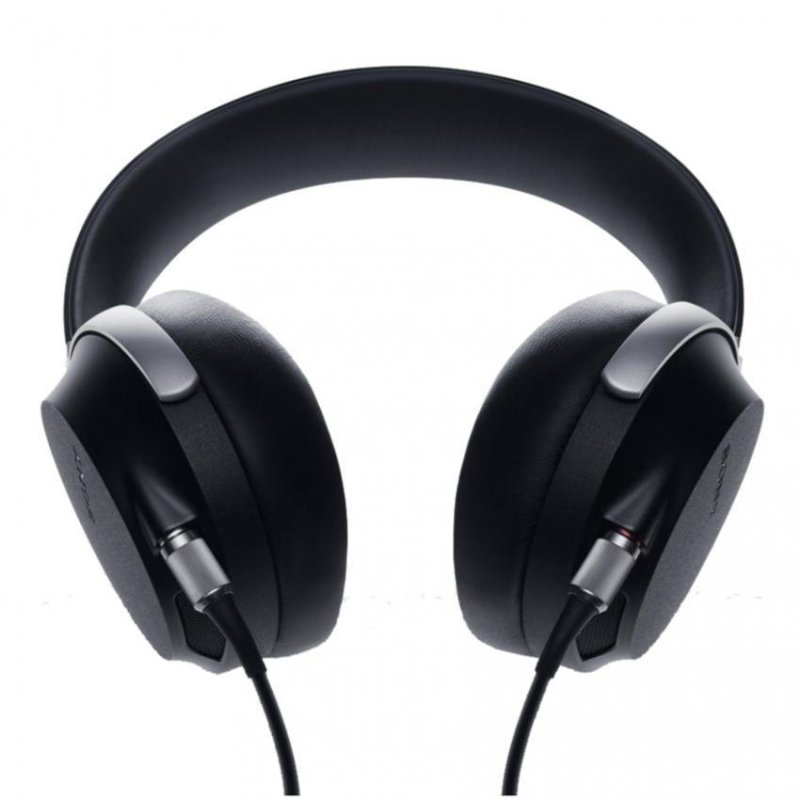 Sony Singapore MDR-Z7 Over-The-Ear Headphone (Black) Singapore