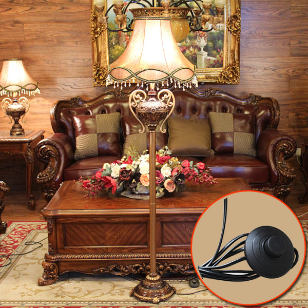 European Style Floor Lamp Creative Retro Light Luxury Living Room Sofa Vertical Type Lamps Library Bedroom Bedside Remote Control the Lamp