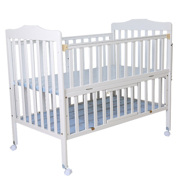 Deluxe Wooden Baby Bassinet 3 in 1 Convertible Crib with Rocking Bed