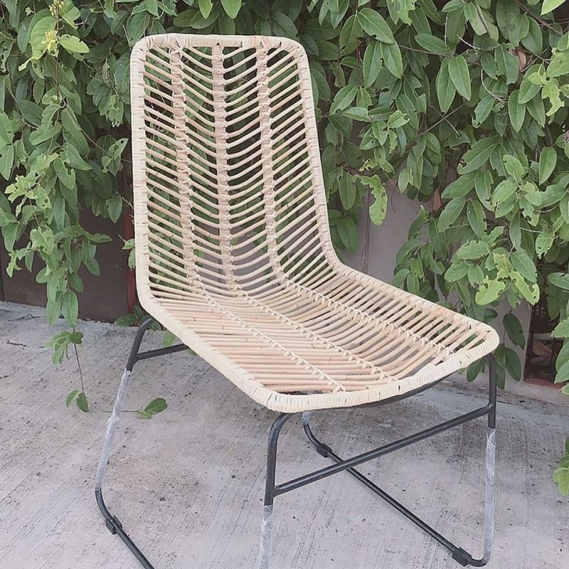 Comomo Dinning Chair
