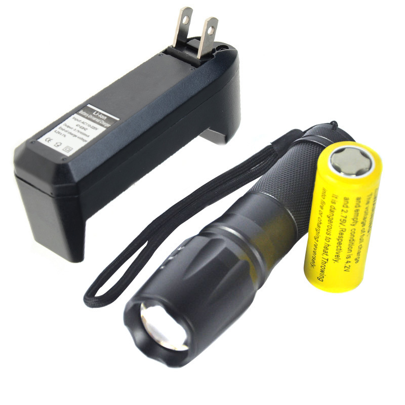 Review 5000Lm Zoomable Facus Xm L T6 Led Flashlight Torch Light 26650 Us Charger On Singapore