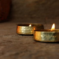 De Kulture™ Hand Made Pure Brass Candle Bowl Set Of 2 - 3.5X0.75 DH ( Inches) For Home Decor Living Room Bedroom Ideal For Valentines Day Easter Diwali Gift For Girl Woman (Gold) - intl