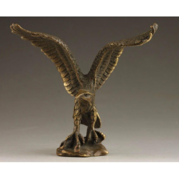 Delicate Chinese Collectable Handmade Old Carving Vivid Bronze Statue Eagle - intl