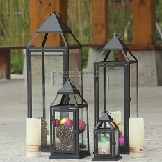 Simple European-style wrought iron candle holder