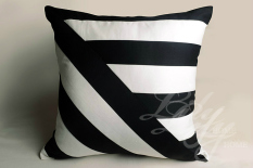 European Style Simple Should Be J Style BLACK&WHITE throw pillow Stuffed Foreign Trade Textile Original