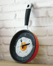 jiechuan Decorative Wall Clock,Frying Pan With Fried Egg Shaped Wall Clock,Red - intl