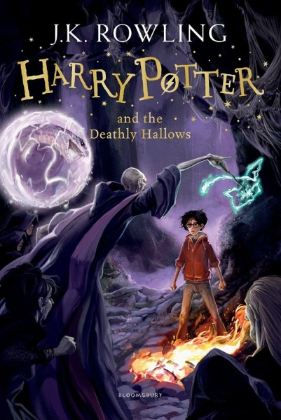Harry Potter and the Deathly Hallows (Book 7) / English Young Adult Books / (9781408855713)