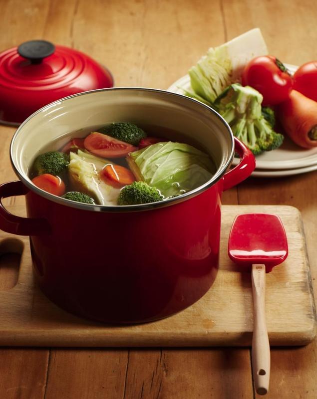 Le Creuset Stock Pot 8qt Cherry Red Singapore