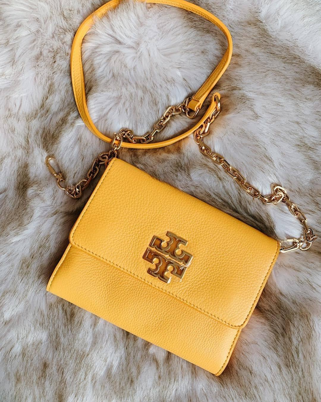 Tory Burch BRITTEN CHAIN WALLET (CASSIA)
