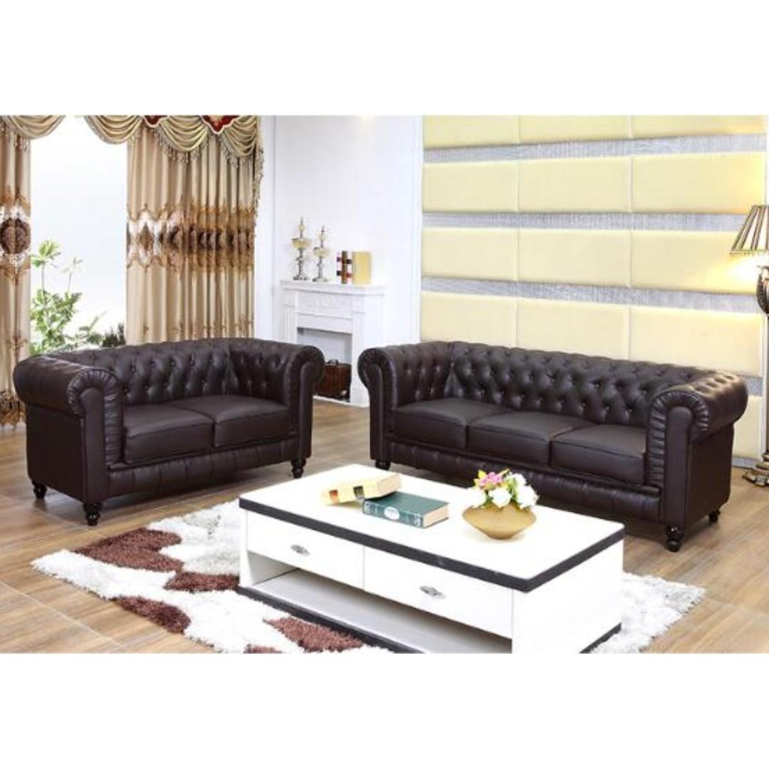 Benjamin Classical 3 Seater PU Leather Sofa in black(L205xW79xH69cm)