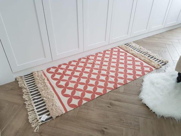 Moroccan Inspired Diamond Rug (Red)