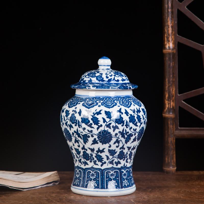 Jingdezhen Ceramic Works Vase Vintage Handmade Blue And White Porcelain General Can gai guan Living Room Decorations Desktop Ornaments