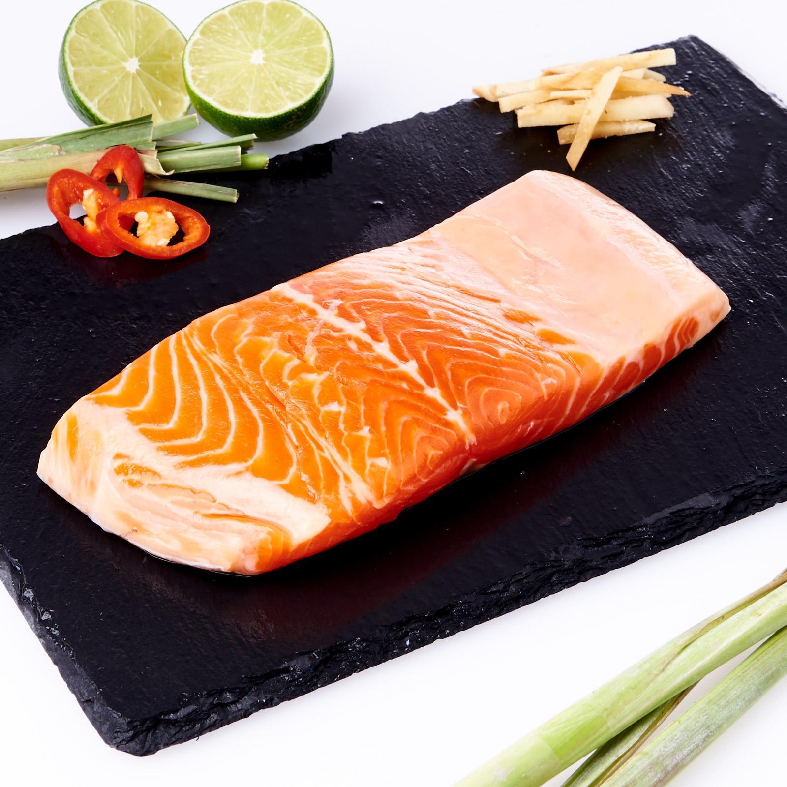 AW'S Market Fresh Norwegian Salmon Fillet