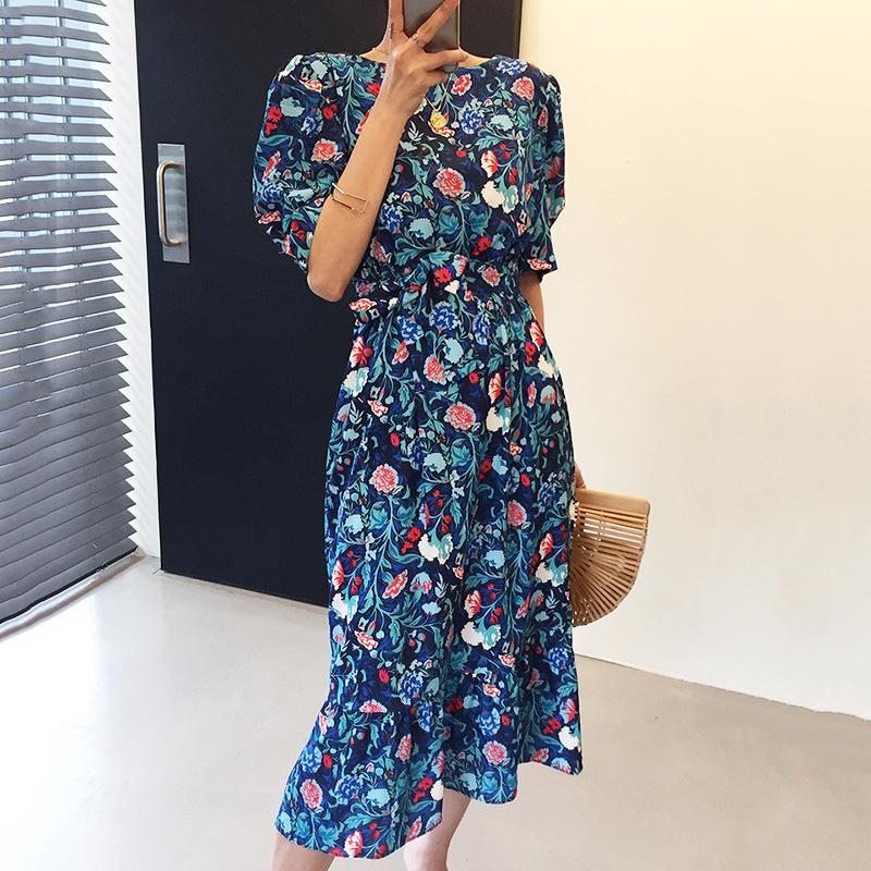 Hàn Quốc Ins Phong Cách Retro Phong Cách Tây Bông Hoa Nhỏ Tâm Cơ Lưng Xuyên Thấu Bó Eo Tay Bồng Đuôi Cá Đầm Váy Dài Nữ