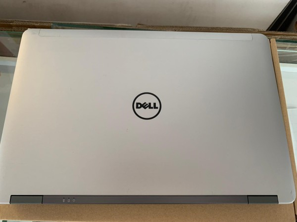Dell E 6540 Core i 5 Laptop 15.Inch Screen