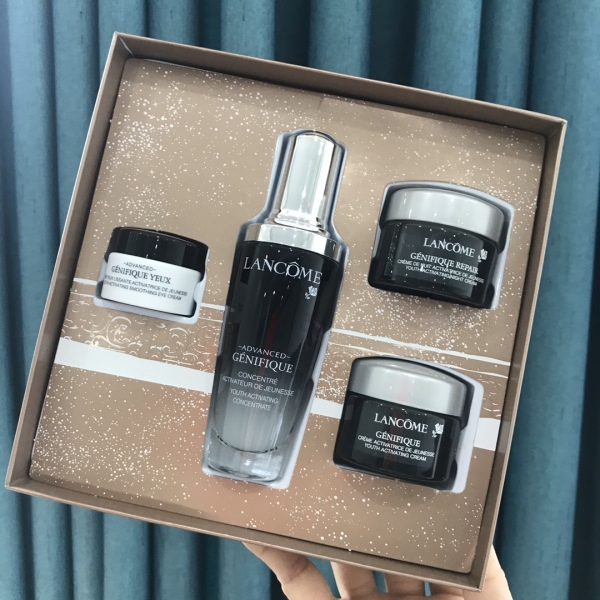 Buy LANCÔME Lancome Christmas Gift Box Black Bottle Essence / Day Cream / Night Cream / Eye Cream 4 Piece Set Singapore