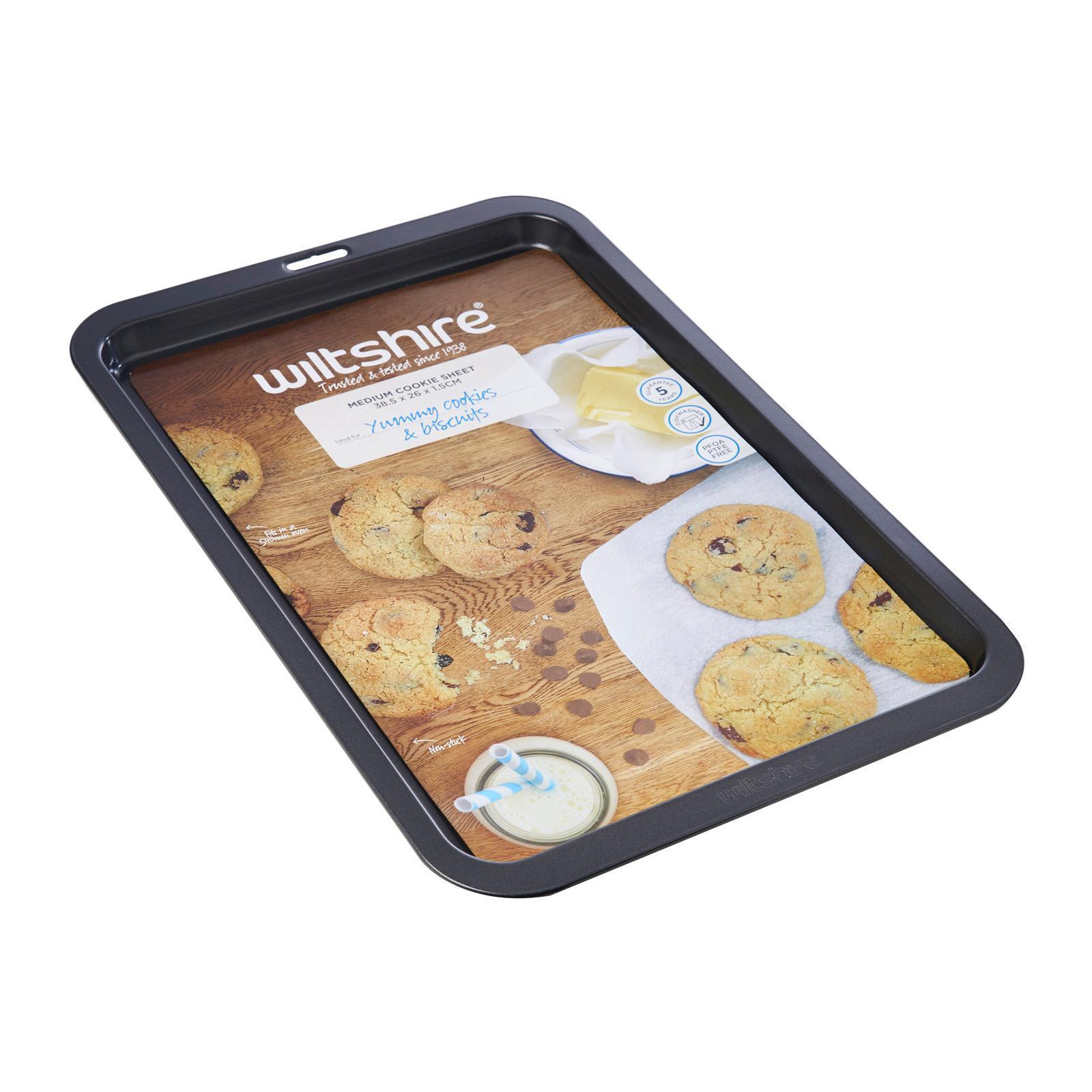 Wiltshire Easybake Medium Cookie Sheet