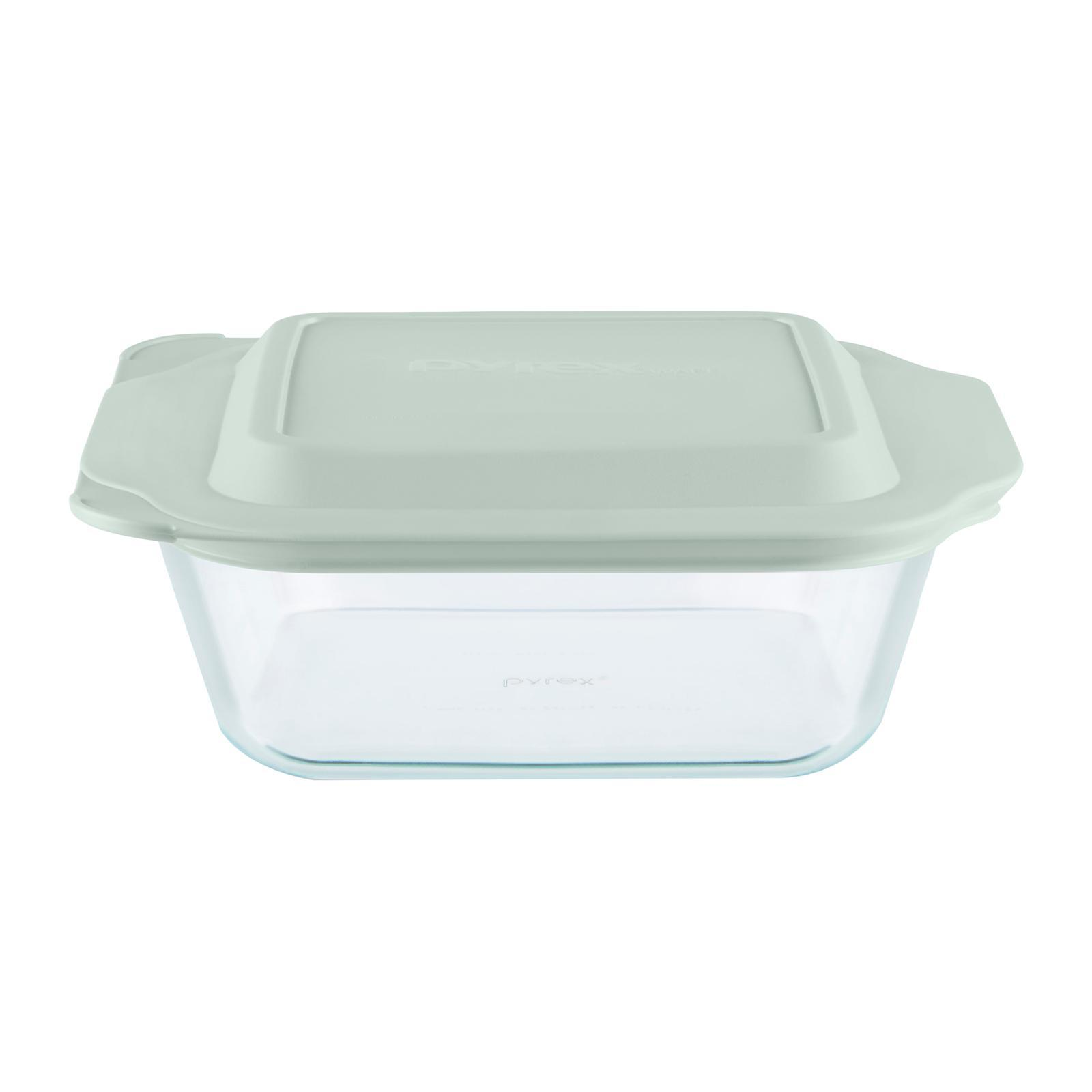 Pyrex 20 CM Deep Square Dish with Free Plastic Lid
