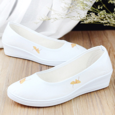 Price Comparisons Of The Archaic Men S Casual Qiu Ji Kuan Hanfu Shoes Ladies Shoes Ginkgo Biloba Ginkgo Biloba