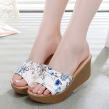 Discounted Beach Waterproof Platform Thick Bottomed Sandals Leather Female Sandals Embossed Blue