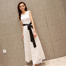 Discounted Black Spring And Summer Sleeveless Slim Fit Dress White