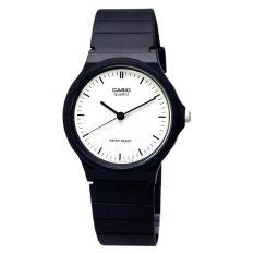 Buy Casio Women S Classic Analog Watch Mq24 7E Casio
