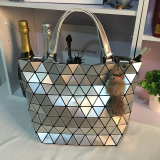 Best Women S Lozenge Pattern Shoulder Bag Silver Silver
