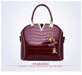 Korean Style Patent Leather New Style Crocodile Shell Women S Bag Red Shopping
