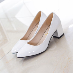 Retail Solid Color Semi High Heeled Pointed Casual Shoes New Style Flat Shoes White