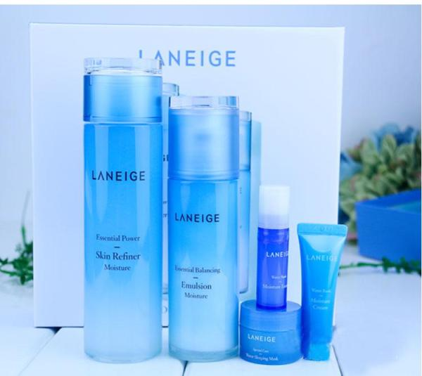 Buy Korea Original LANEIGE Back to Girl SKin NEW BASIC DUO SKINCARE SET - MOISTURE Skincare Set - Light Moisture 200ml+Balancing Emulsion 120ml+Water Bank Essence Ex 10ml+Water Bank Gel Cream Ex 10ml+Sleeping Mask 15ml Singapore