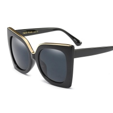 bf41a832c Fashion Oversized Cat Eye Sunglasses Women Brand Gradient Lens Black  Burgundy White Sun Glasses Square Summer