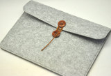 Wool Felt Apple Notebook Protective Sleeve Cushioning Bag Deal