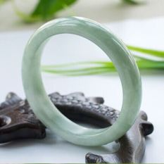 Get Cheap Natural Jade Female A Cargo Bracelet