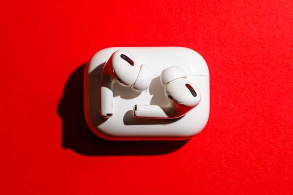 Apple AirPods Pro Wireless Earphones White With Noise Cancellation (3 Months Warranty) Singapore
