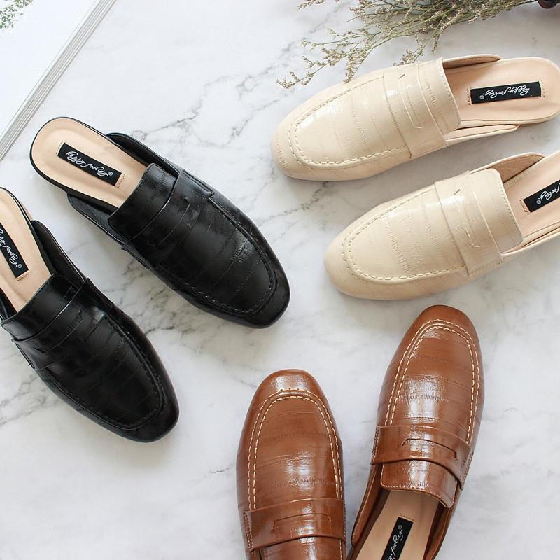 1471c794c071 2018 Summer New Style Vintage England Flat Shallow Mouth Small Leather  Shoes Closed-toe Slippers