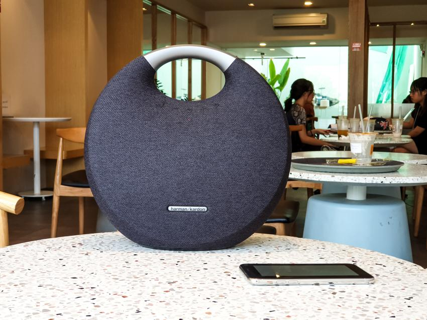 New Release! Harman Kardon Onyx Studio 5 Portable Bluetooth Speaker - 100%  Authentic ( Black / Blue / Grey ) Singapore