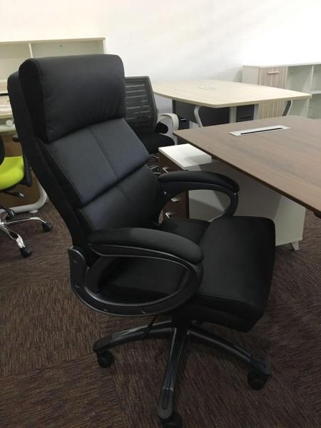 UMD 360 Degree Swivel Ergonomic Chair Office Chair Mesh Chair Leather Chair Computer Chair Boss Chair Director Chair (Free Installation) Singapore