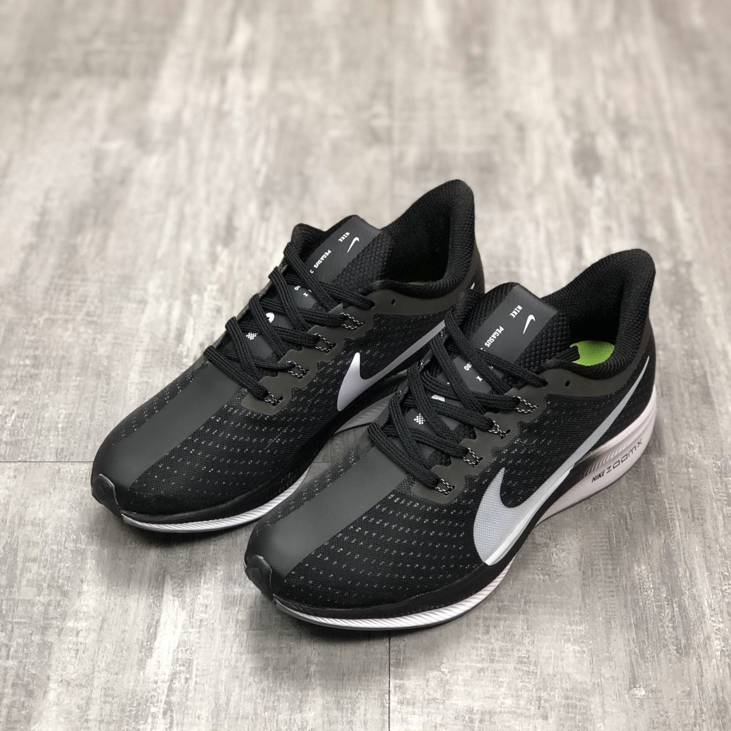 Nike Zoom Pegasus 35 Turbo Net Surface Breathable Men Running Shoes Women Casual Lovers Slow Running Shoes.