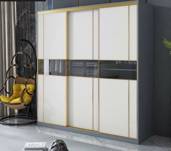 LULUS Luxury Sliding Wardrobe with Locker (Price inclusive Installation and Delivery)
