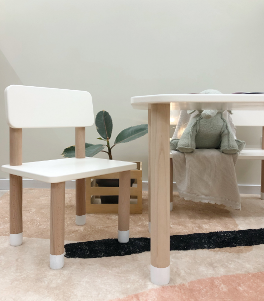 INS Kindergarten Tables and Chairs Children Game Table Northern Europe Solid Wood Kindergarten Desk Baby Chair Stool